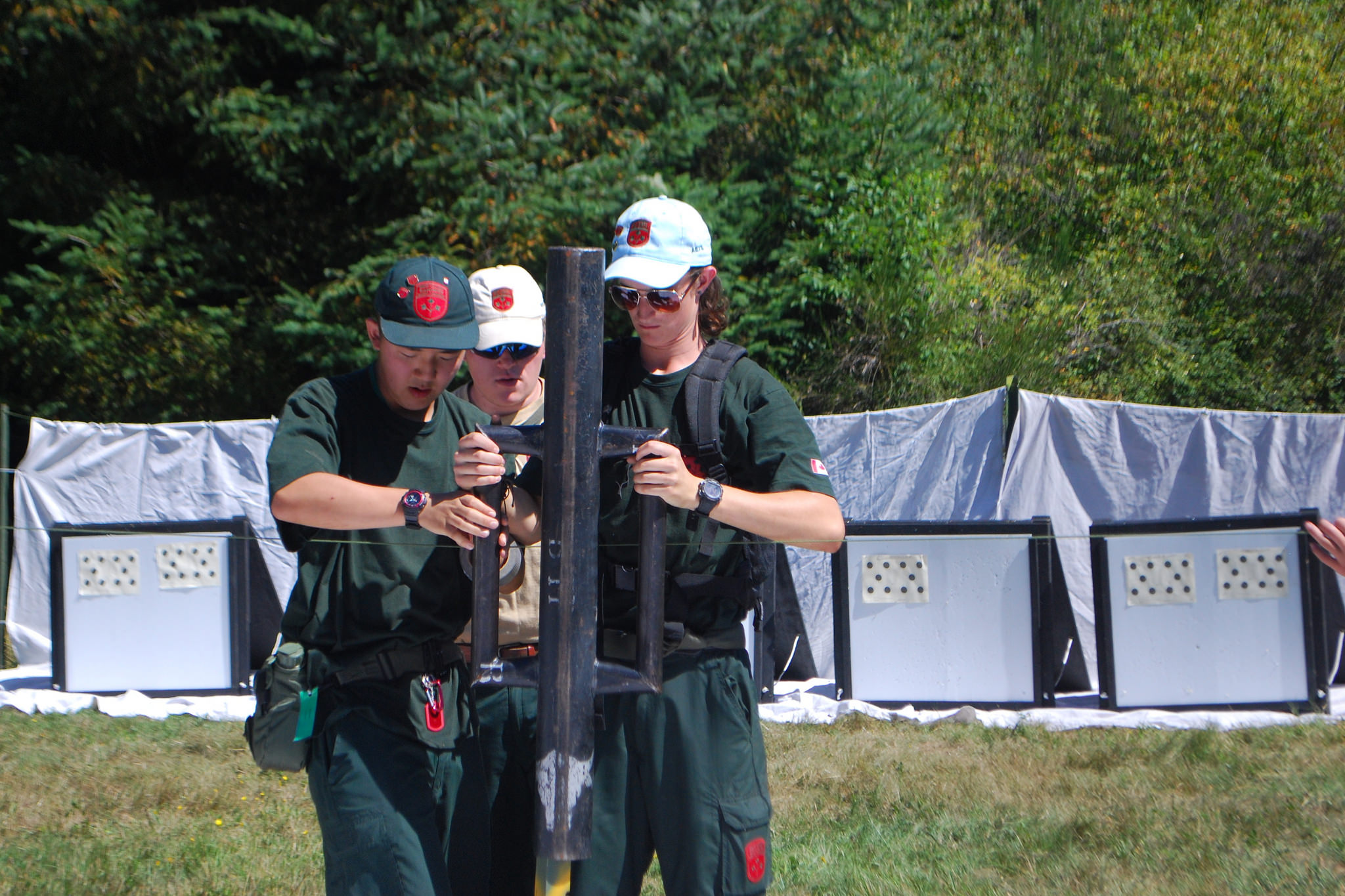 Junior Canadian Rangers, working in small parties