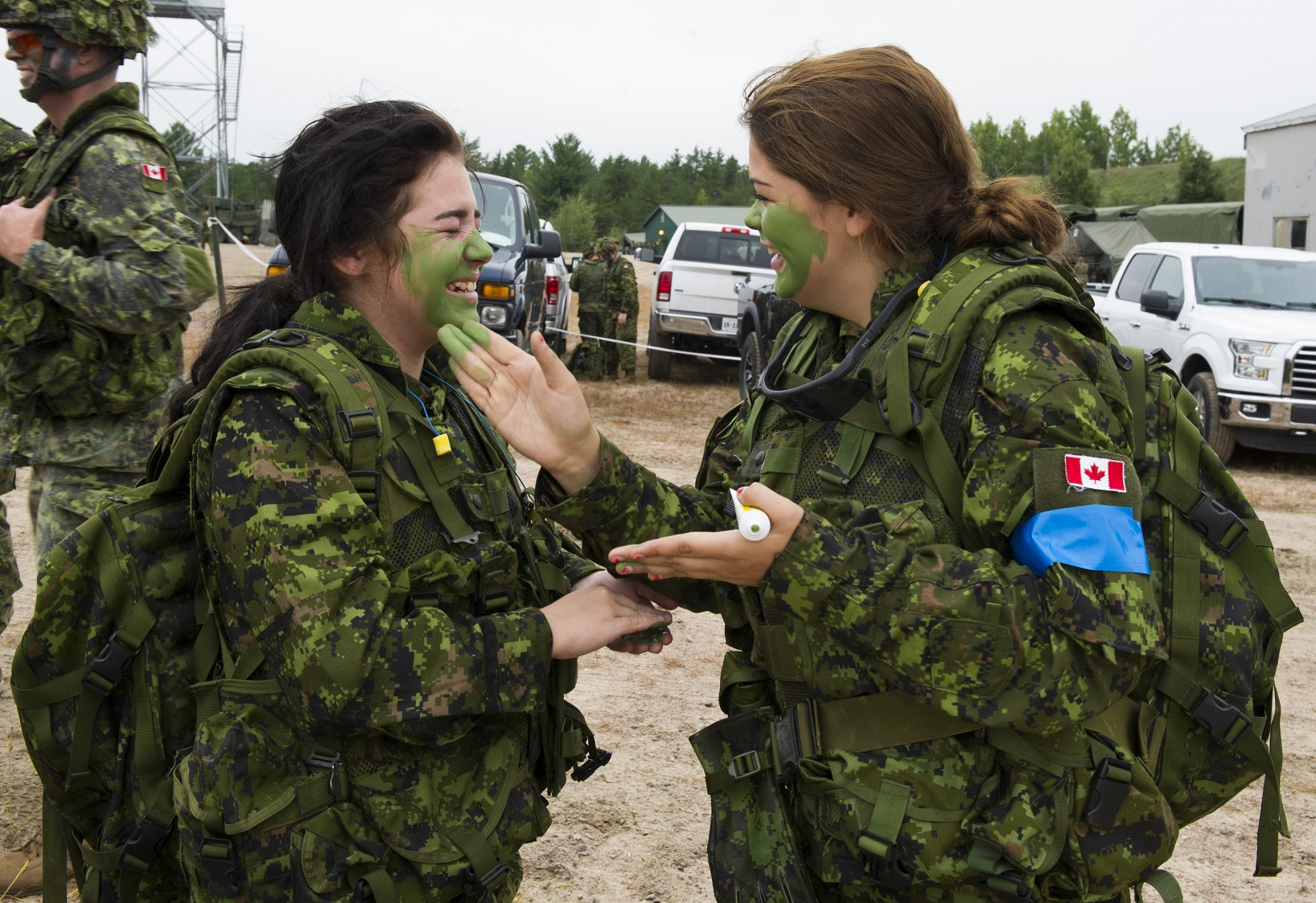 Civilian participants begin their day experiencing Army basic training during exercise COLLABORATIVE SPIRIT at 4th Canadian Division Support Base Petawawa in Ontario on September 21, 2016.