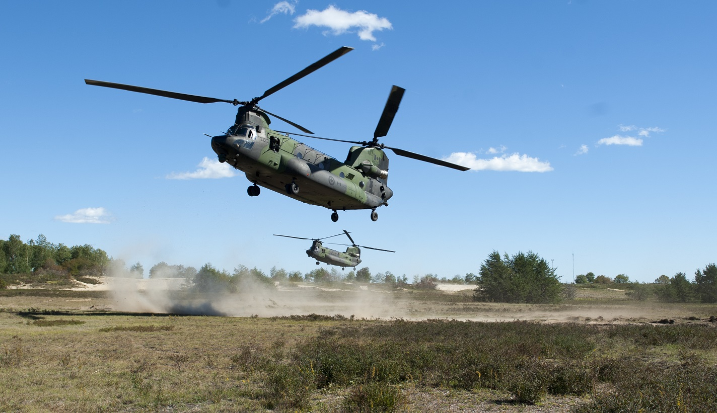 An insertion by two CH-147 Chinook helicopters during exercise COLLABORATIVE SPIRIT at 4th Canadian Division Support Base Petawawa in Ontario on September 21, 2016.